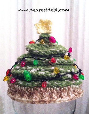 Newborn Christmas Tree Crochet Hat..