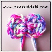 The perfect crochet bow - Free pattern by DearestDebi