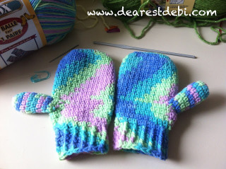 Little Hands Mittens Crochet - Dearest Debi Patterns