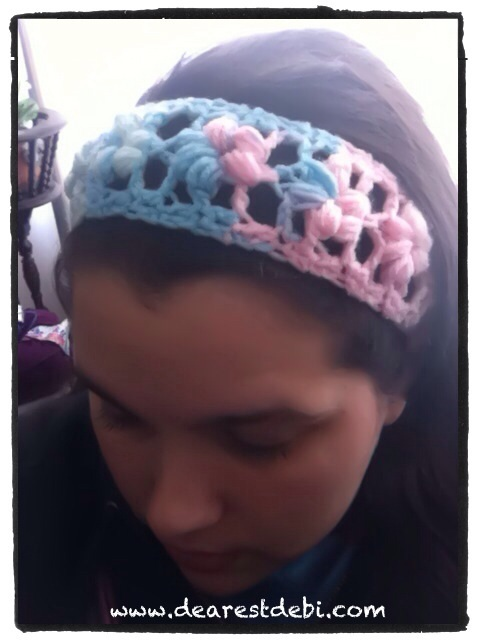 Crochet Puff Flower Stitch Headband - Free english pattern by DearestDebi