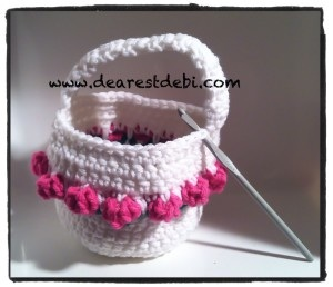 Crochet flower basket tutorial 1 insert hook into corner stitch