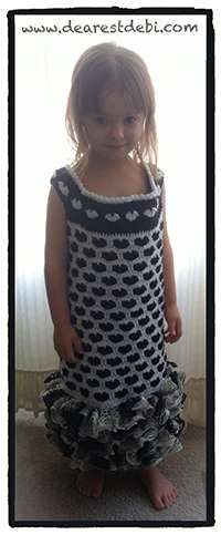 Crochet Sweet Hearts Dress - Dearest Debi Patterns