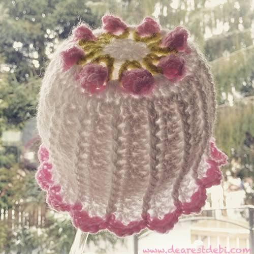 Little Miss Flower Beanie - Dearest Debi Patterns