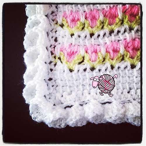 Crochet Flower Edging Corners - Dearest Debi Patterns