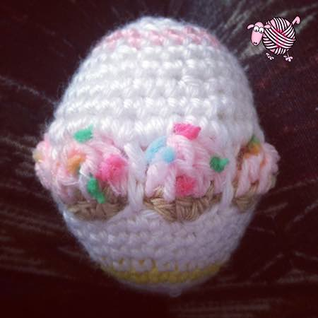 Crochet Cupcake Easter Egg - Dearest Debi Patterns