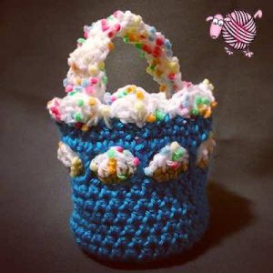 Crochet Spring Picnic Basket - Dearest Debi Patterns