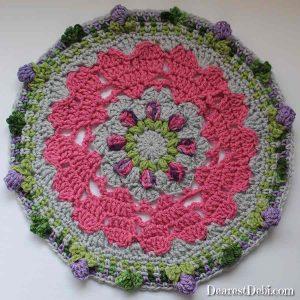Girly Afghan CAL Mandala Part 3 - Dearest Debi Patterns