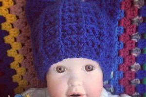 Crochet Royal Cat Hat - Dearest Debi Patterns